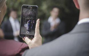 mobiele telefoon verbod op de bruiloft als een nieuwe trend